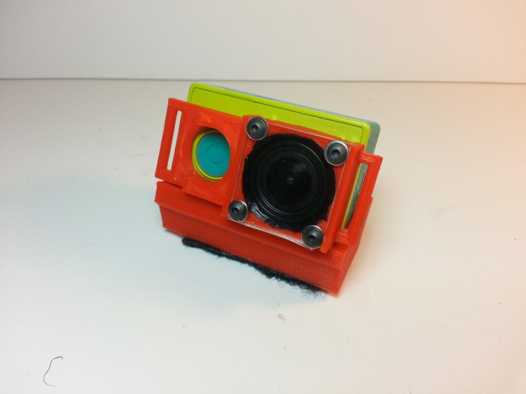 Xiaomi Yi inside lens protector - lens side.